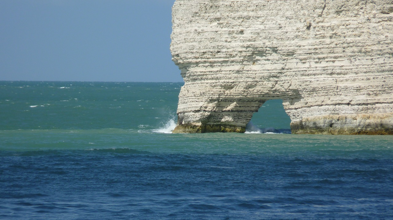 etretat normandy cliff free photo