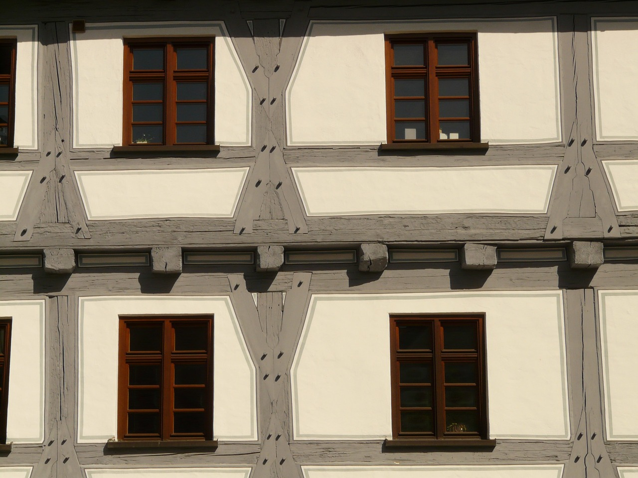 fachwerkhaus window truss free photo