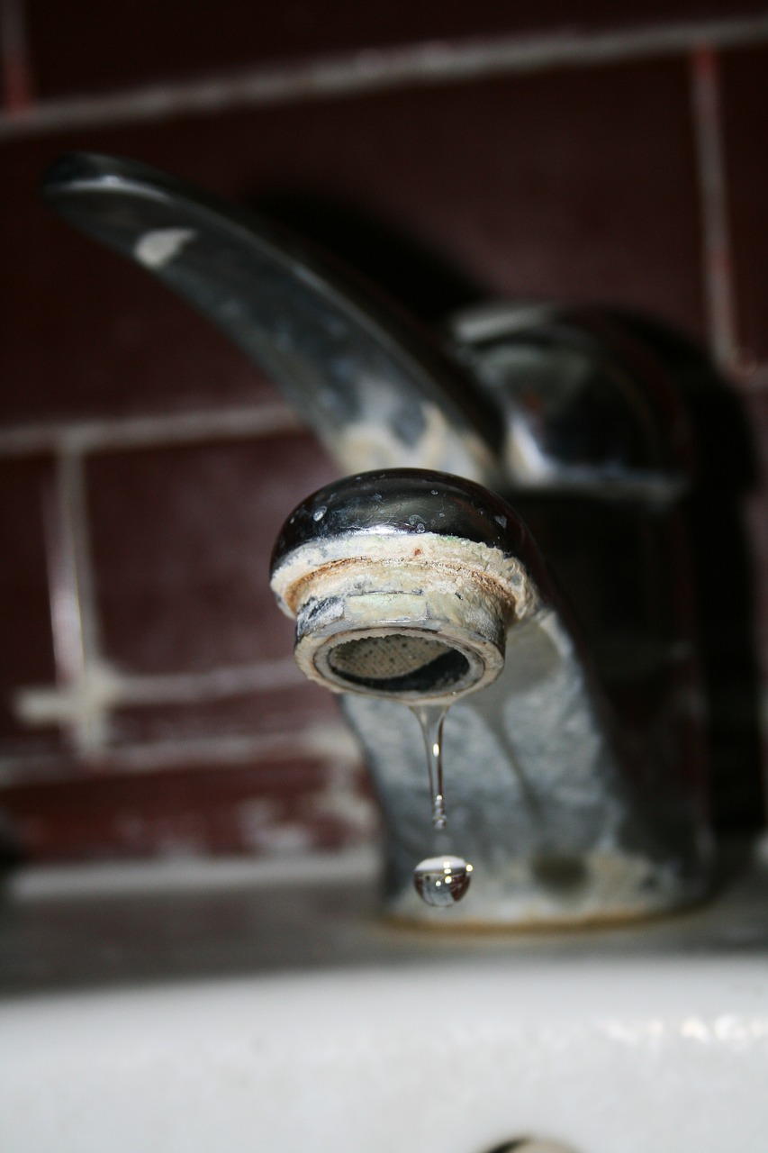 Faucet,drip,water,old,broken - free photo from needpix.com
