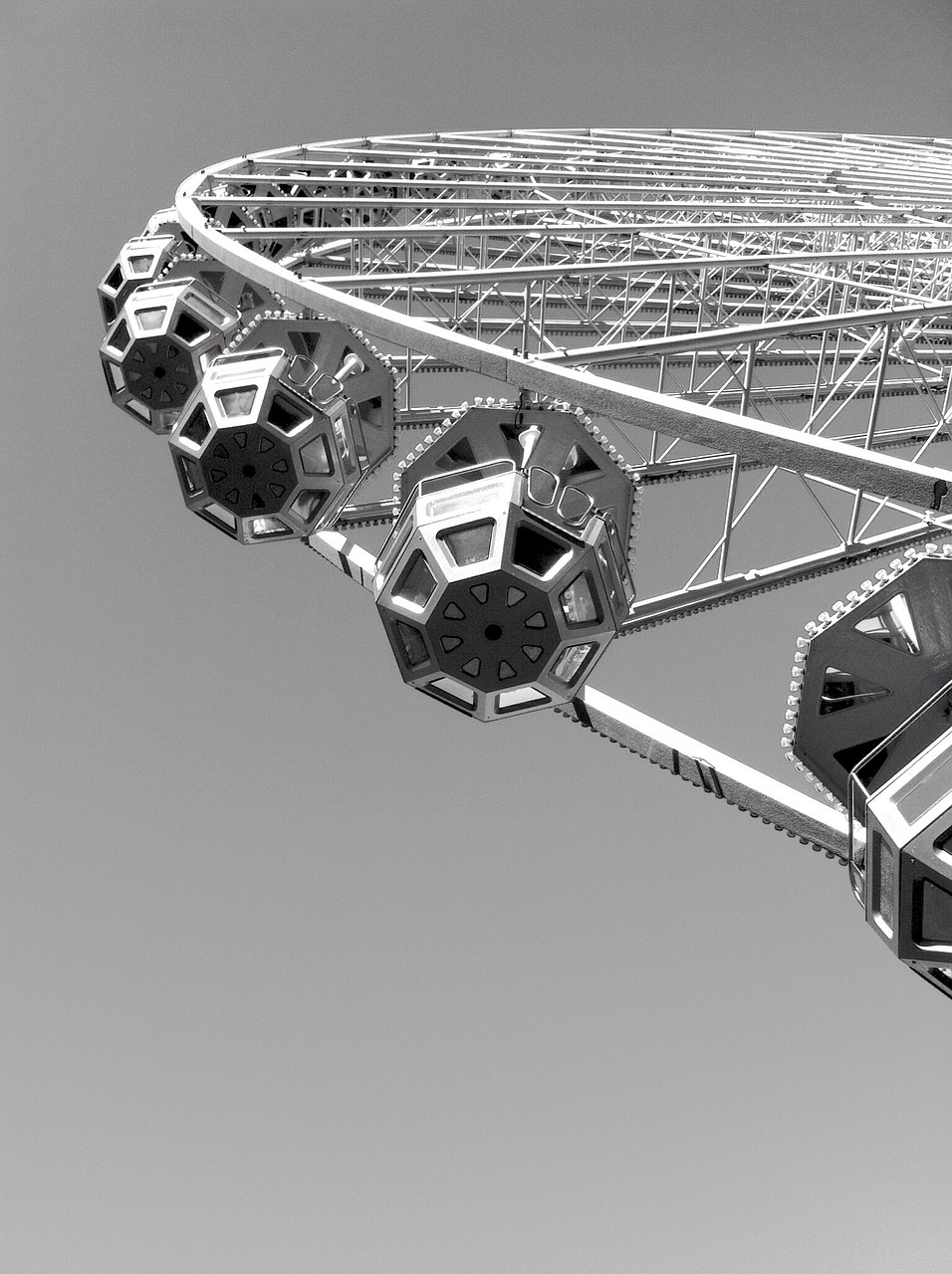 ferris wheel,lyon,black and white,place bellecour,free pictures, free photos, free images, royalty free, free illustrations, public domain