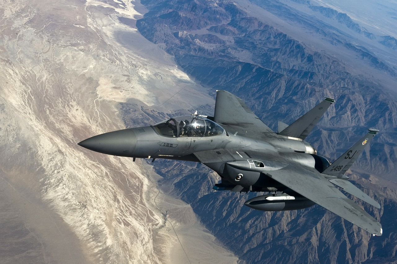 fighter jet f 15 strike eagle fighter aircraft free photo