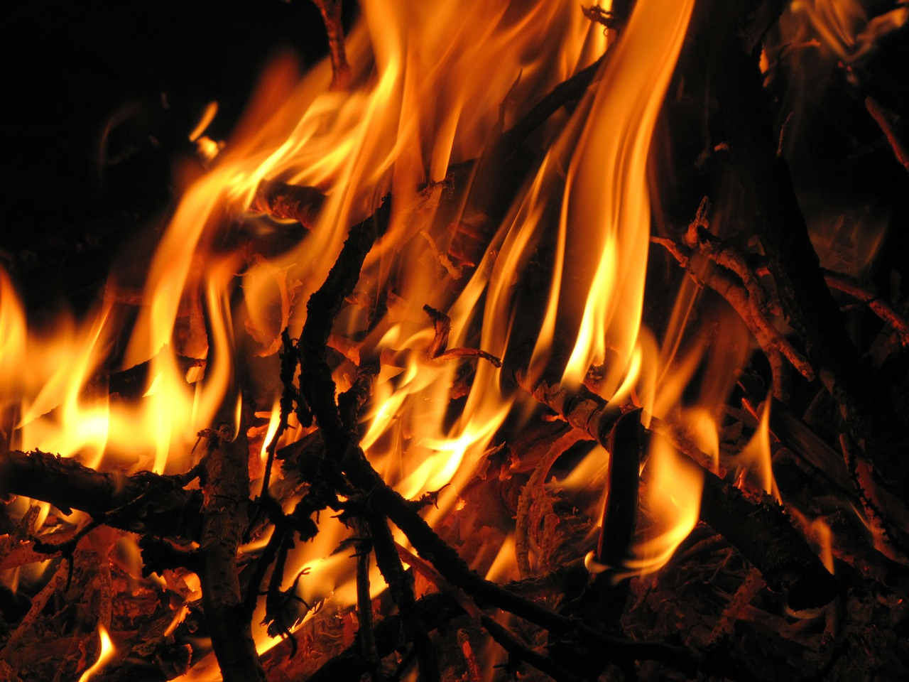 fire night glow free photo