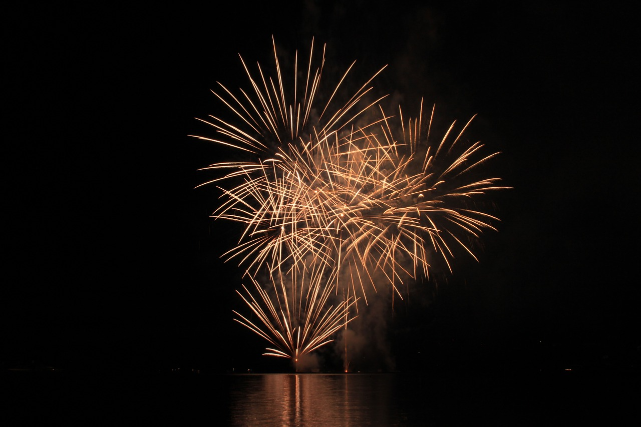 fireworks,explosion,free pictures, free photos, free images, royalty free, free illustrations, public domain