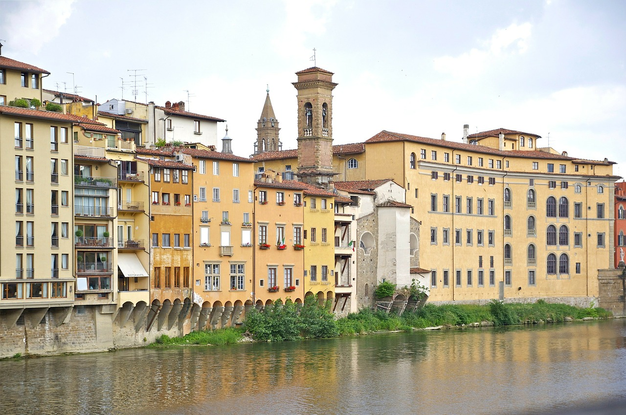 florence,italy,city,cities,buildings urban,urban,landscape,skyline,water,canal,river,shoreline,outside,spring,summer,beautiful,reflections,free pictures, free photos, free images, royalty free, free illustrations, public domain