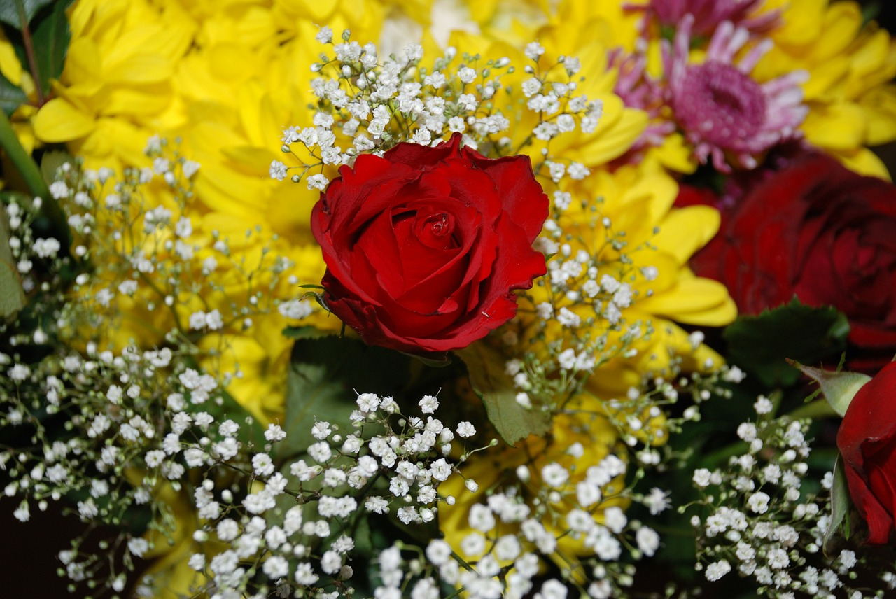 flower bouquet leaf free photo