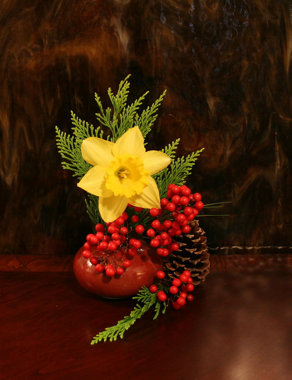 flower daffodil arrangement free photo