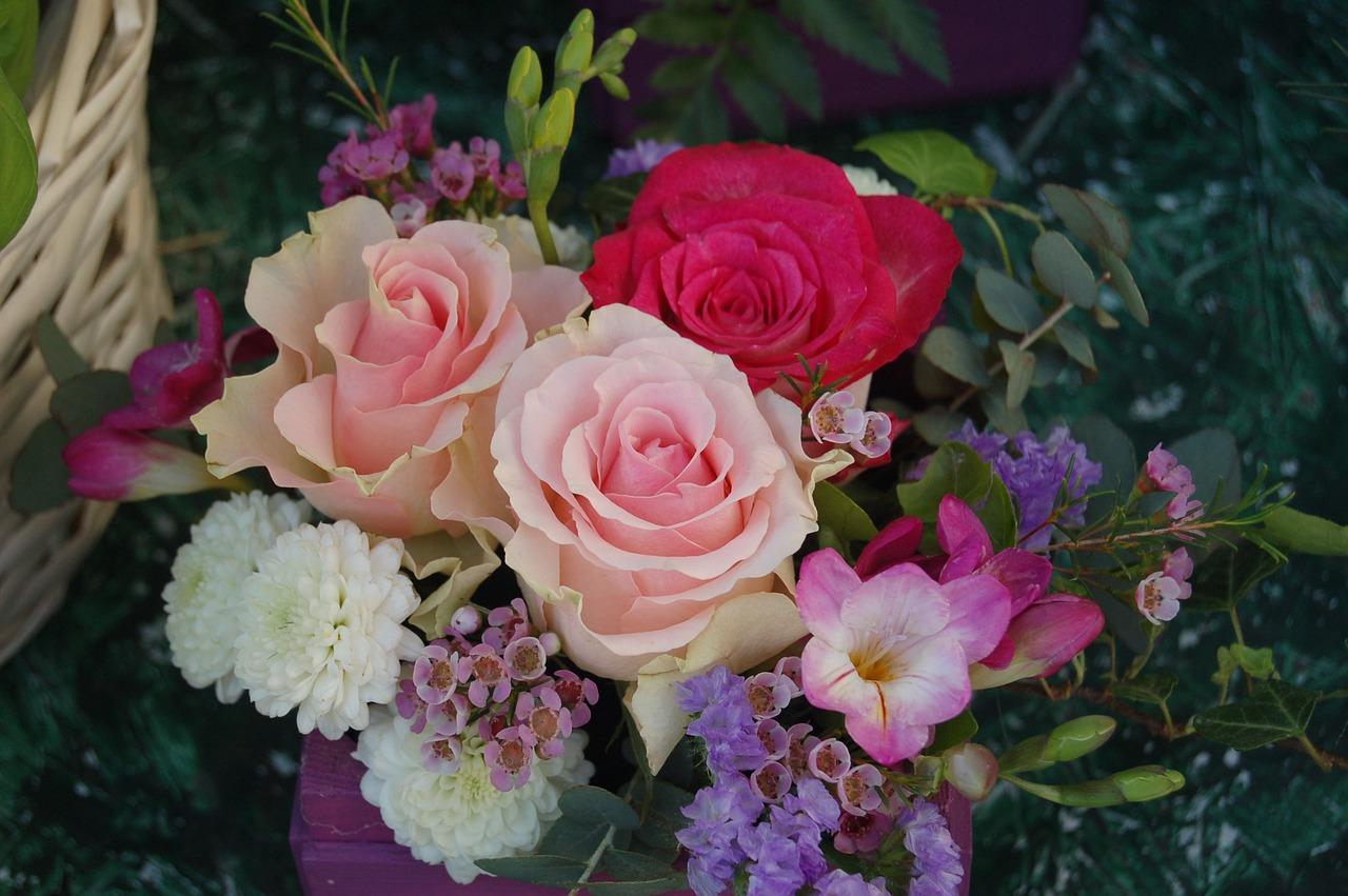 Bouquet De Fleur Pour St Valentin flower,plant,bouquet de fleurs,nature,petal - free image