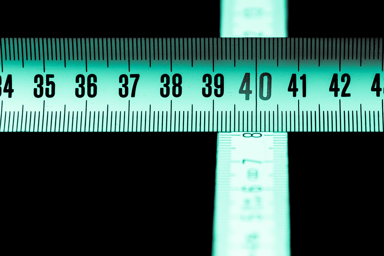 folding rule ruler dof free photo