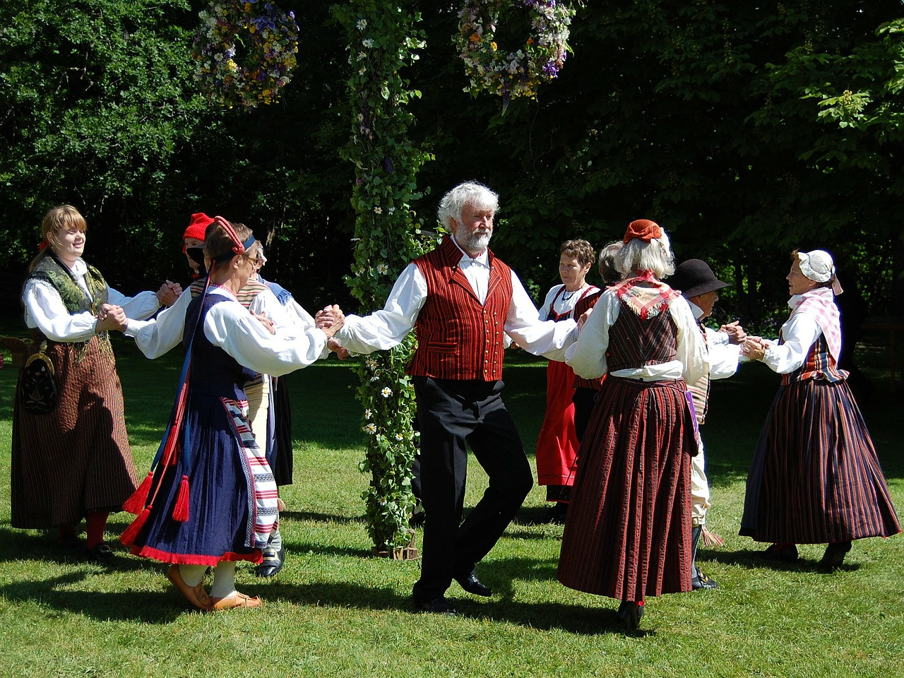 folk-dance folk dance square dance free photo