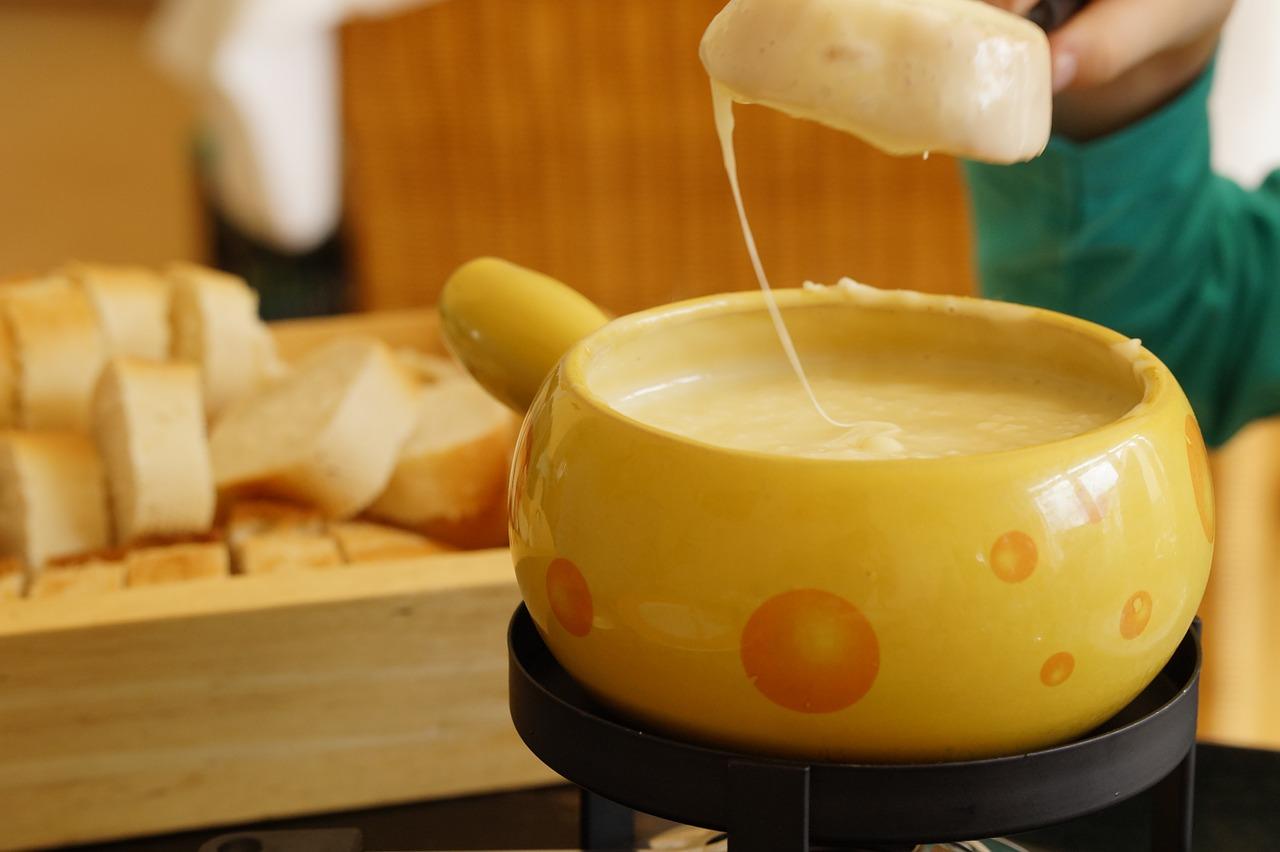 Fondue,swiss fondue,cheese,cheese fondue,switzerland - free image ...