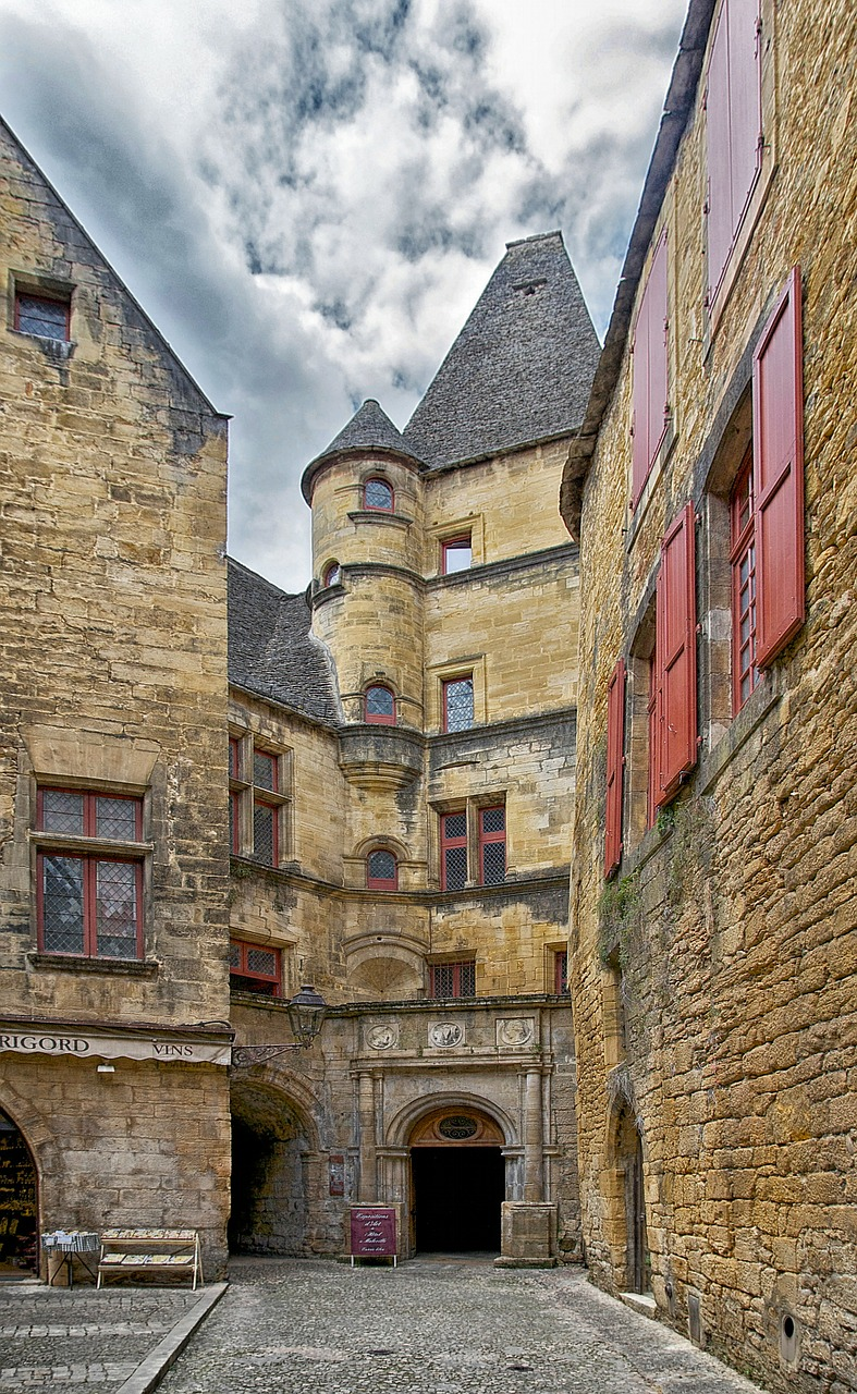 france sarlat-la-caneda hotel free photo