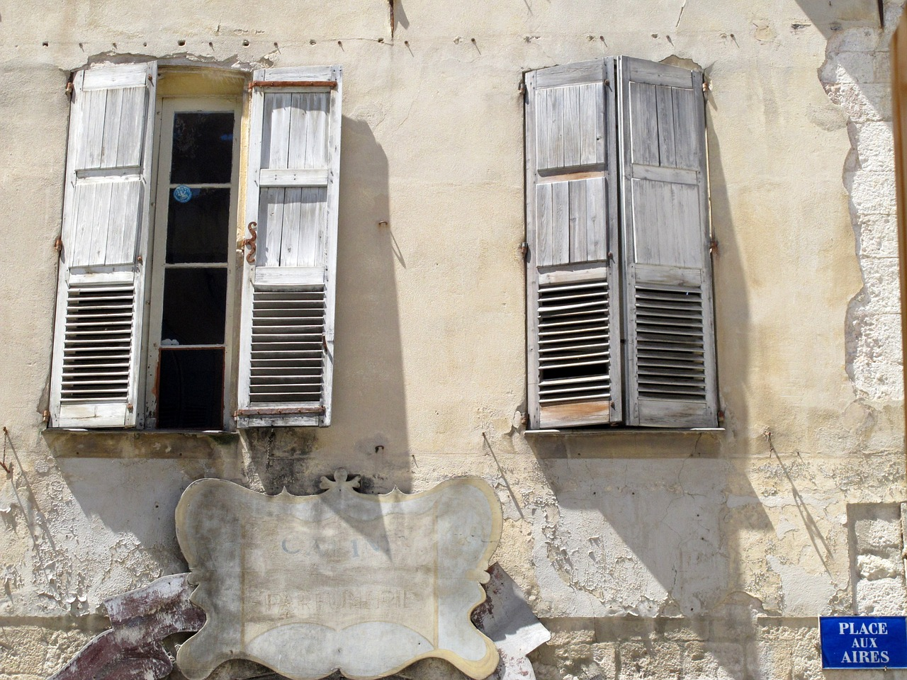 windows france grasse free photo