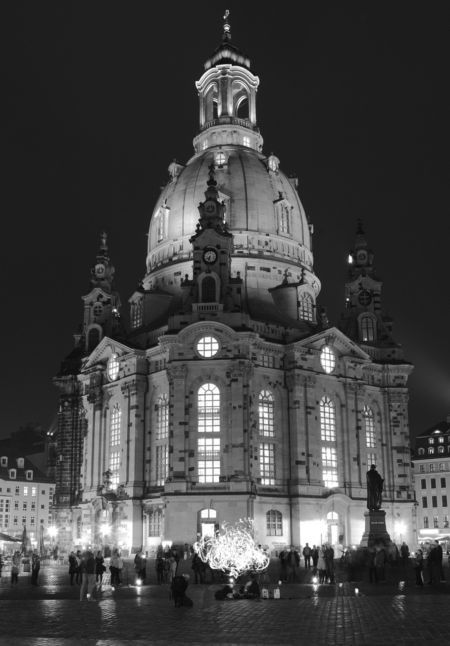 frauenkirche,dresden,church,cathedral,germany,free pictures, free photos, free images, royalty free, free illustrations