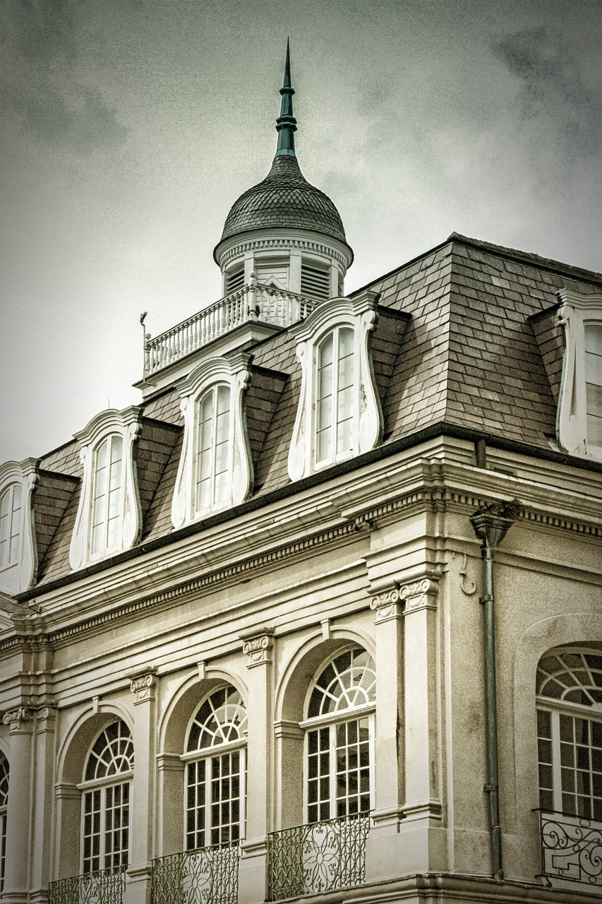 french quarter new orleans architecture free photo