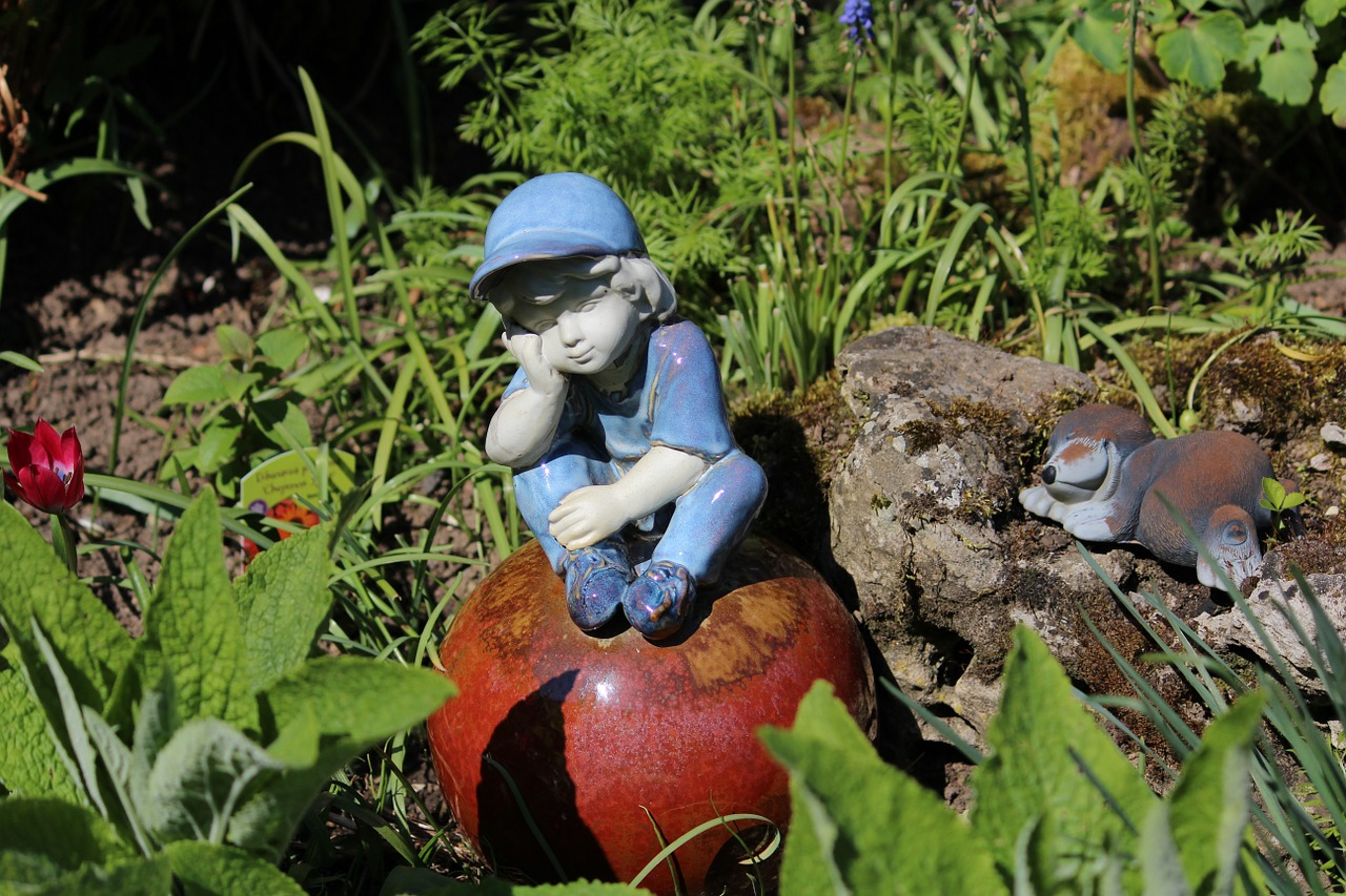 garden gnome garden ceramic free photo