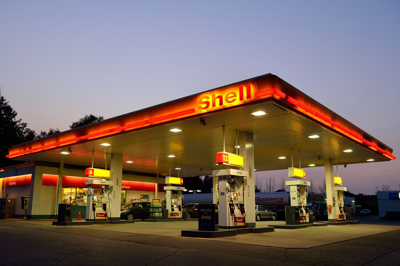Gas station,oil industry,oil prices,oil and gas,diesel - free image from  needpix.com