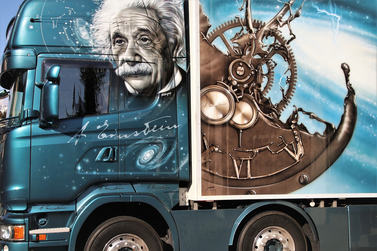 genius  physics  appointment free photo