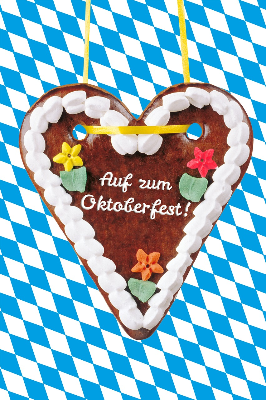 gingerbread heart,heart,folk festival,fair,year market,love,sweet,frosting,give,delicious,welcome,celebrate,for you,romance,sweetness,gift,bavaria,tradition,oktoberfest,munich,argyle pattern,free pictures, free photos, free images, royalty free, free illustrations, public domain