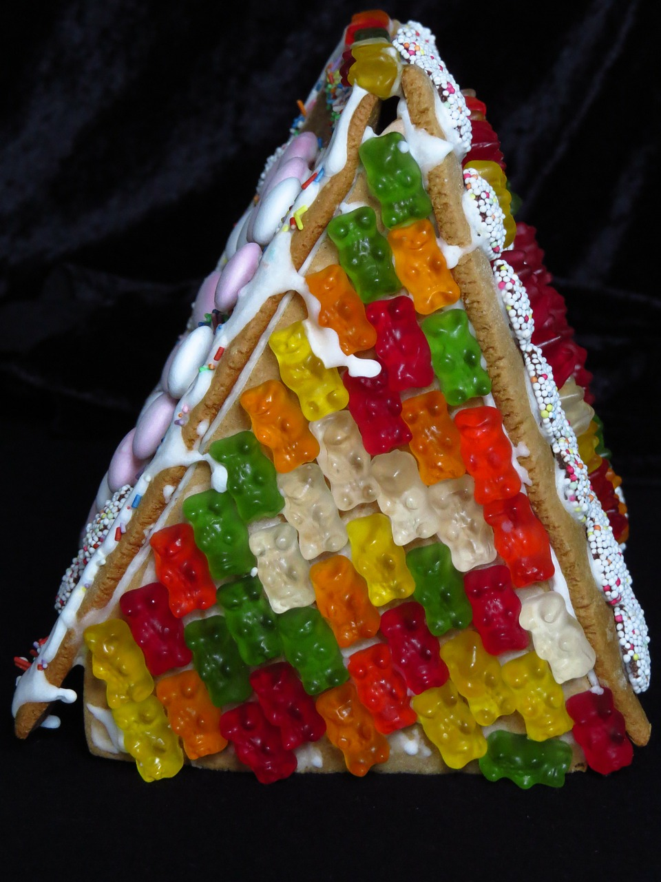 gingerbread house boys christmas time free photo