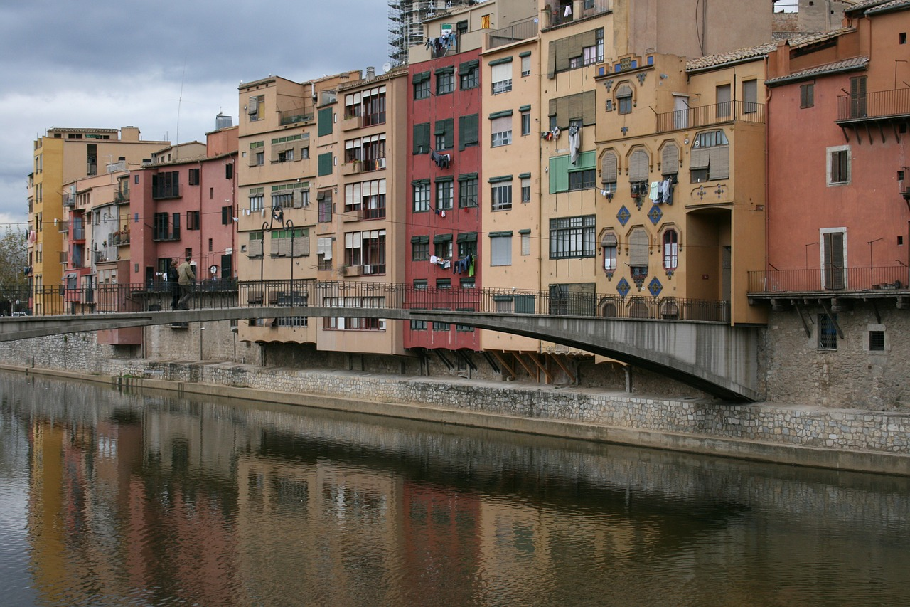 Girona,urban landscape,buildings,channel,spain - free image from ...
