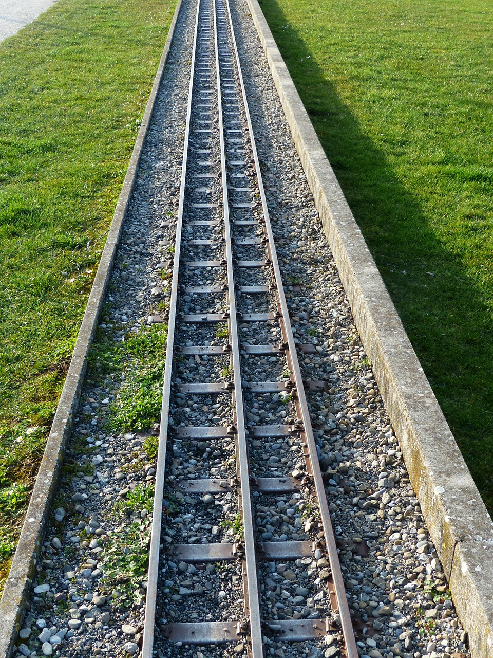 gleise railway narrow gauge railway free photo
