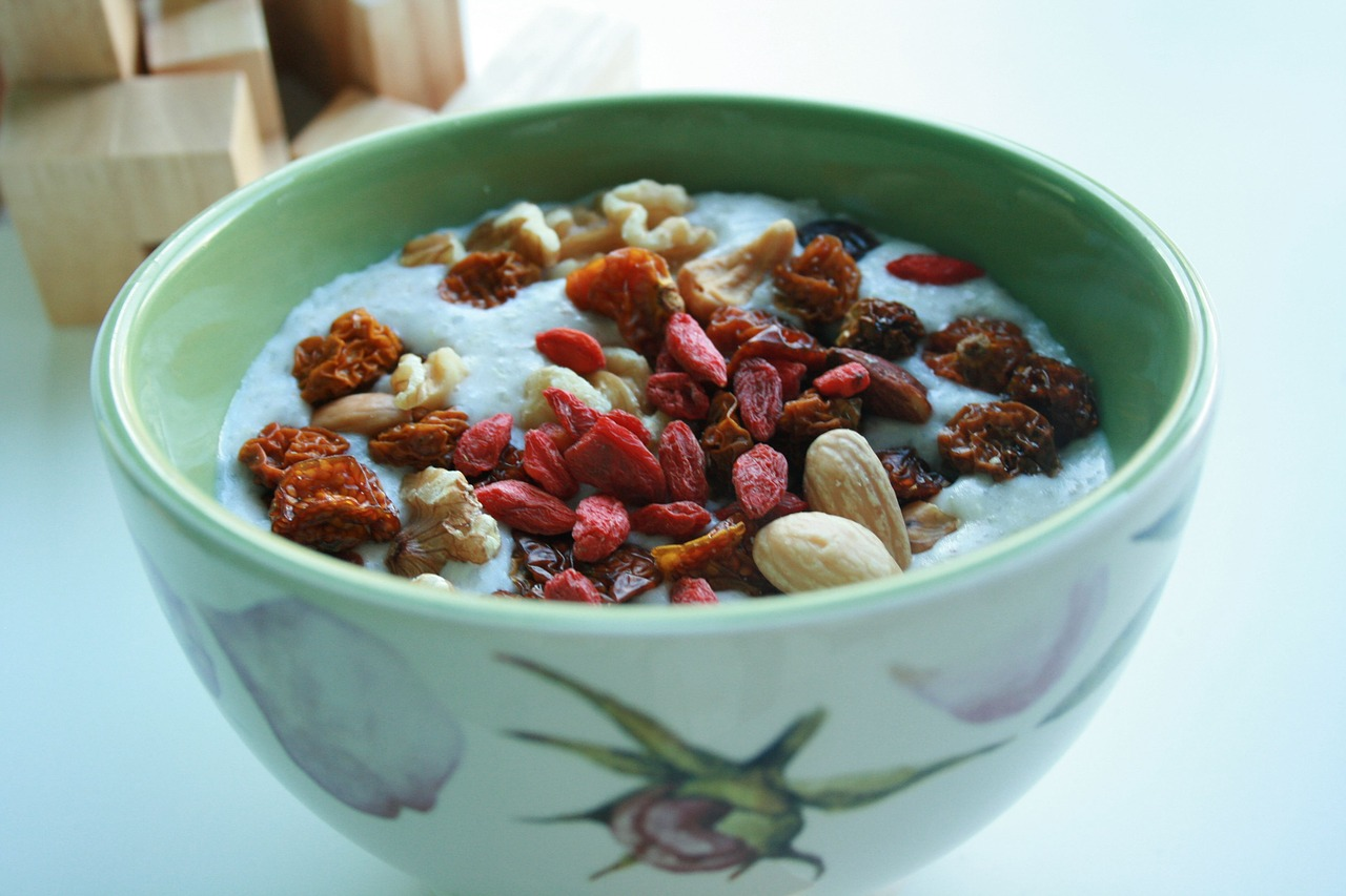 goji berries almond oatmeal free photo