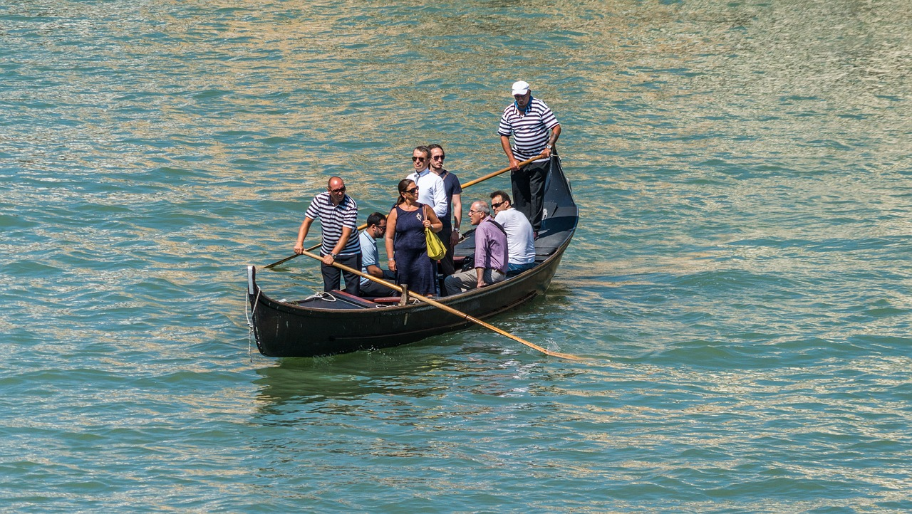 gondola venice italy water free picture