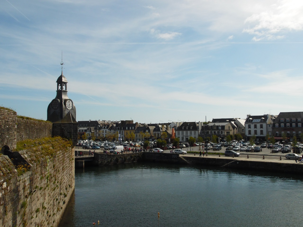gone wrong walled city concarneau free photo