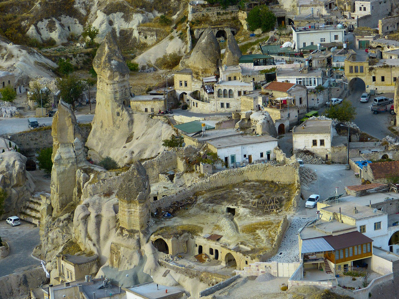göreme city tufa free photo