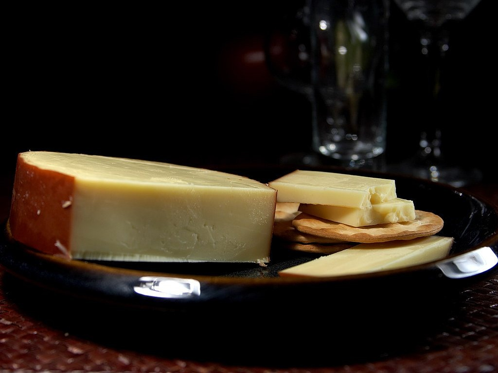 gouda smoked cheese free photo