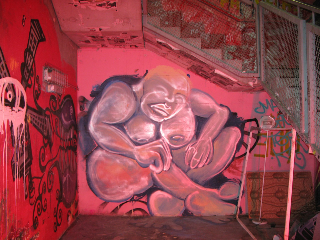 graffiti night berlin free photo