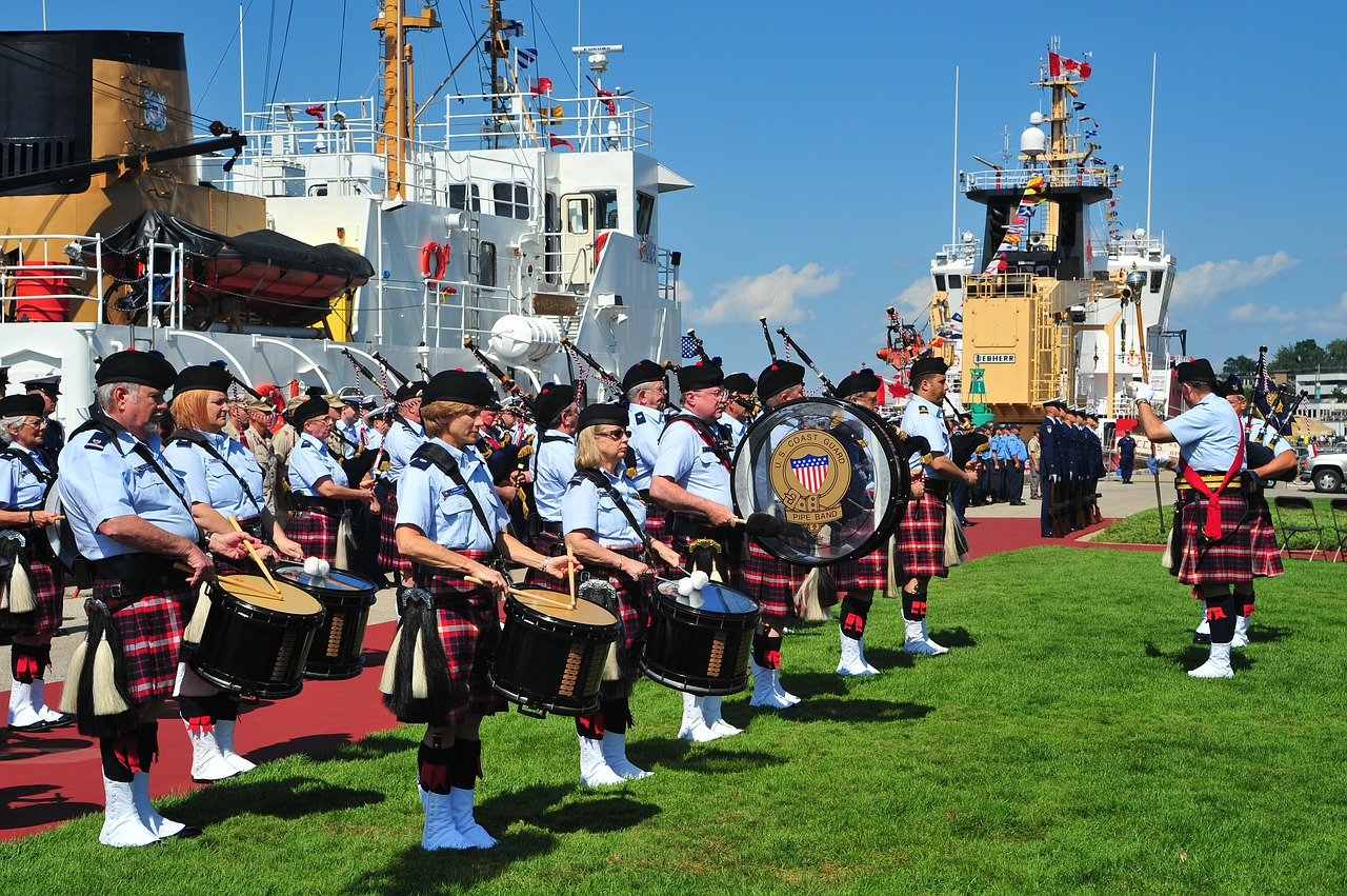 grand haven,michigan,band,music,bagpipes,drums,marching,sky,clouds,ship,spectators,nature,outside,summer,spring,grass,free pictures, free photos, free images, royalty free, free illustrations, public domain