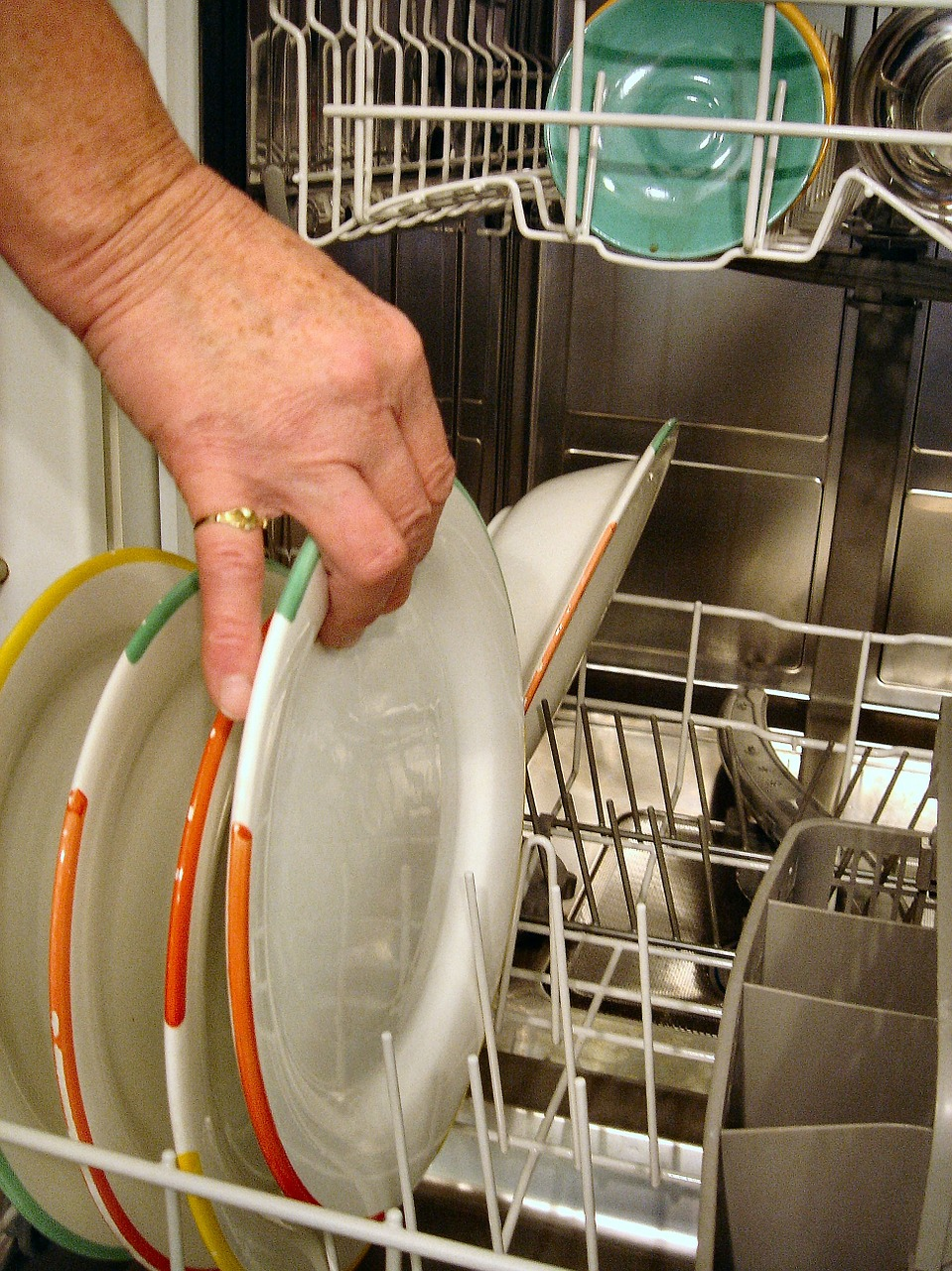 grant dishwasher tableware dishwasher free photo