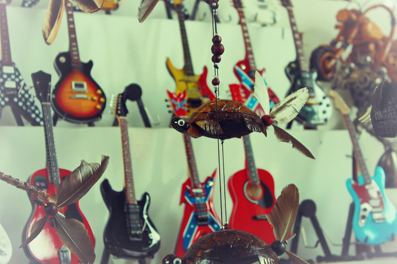 guitar souvenirs toys free photo