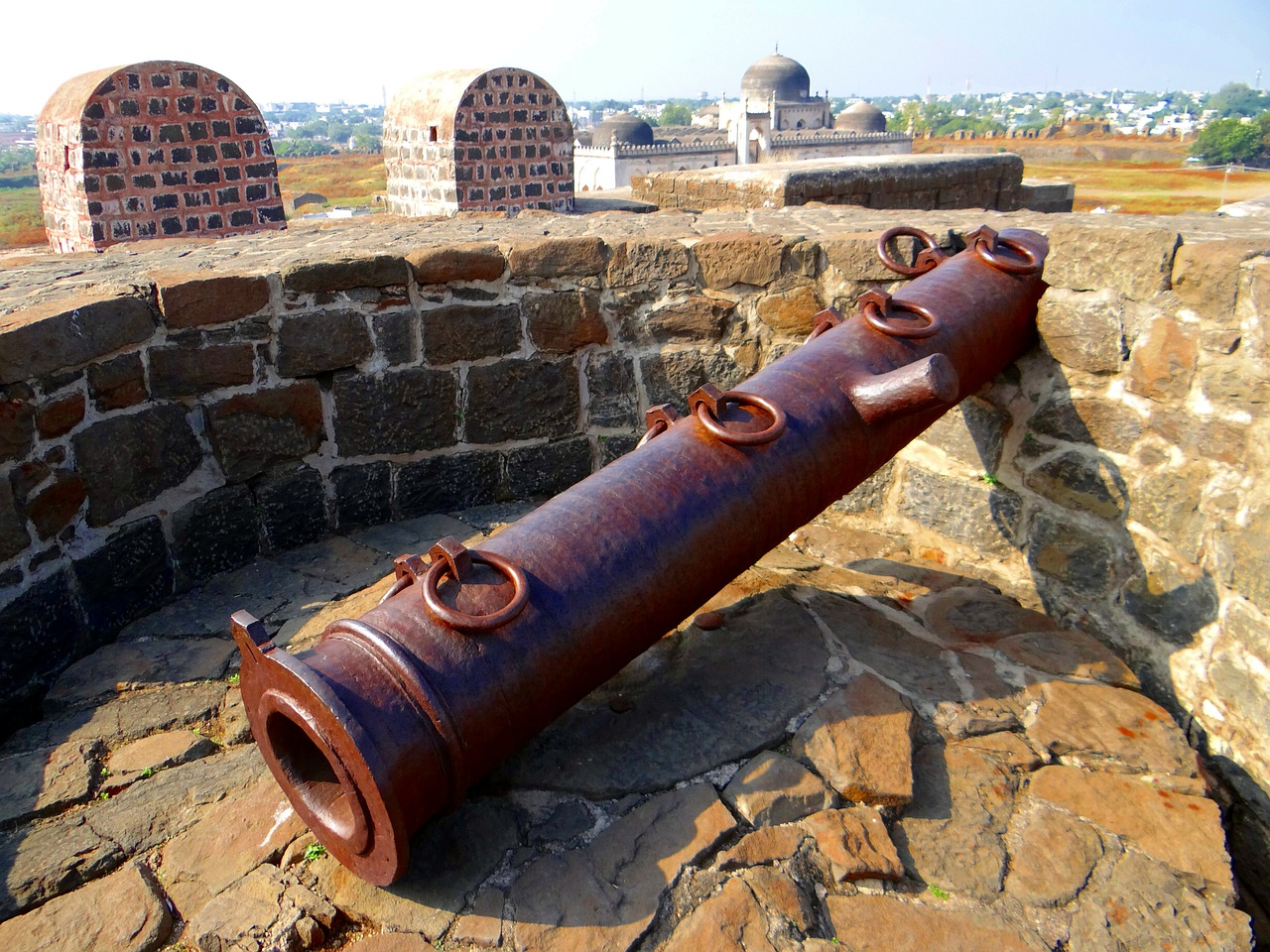 gulbarga fort bahmani dynasty indo-persian free photo