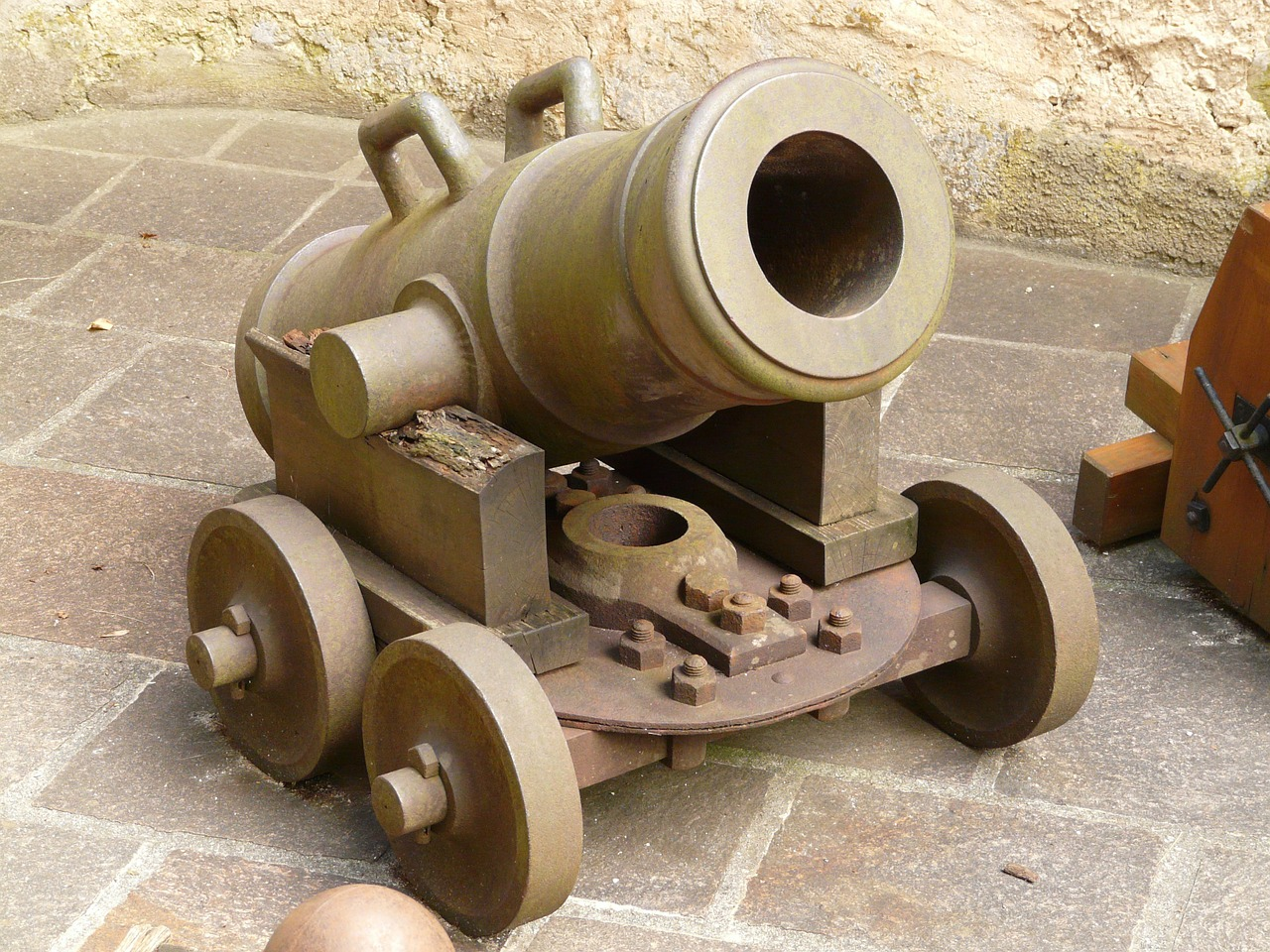 gun mortar weapon free photo