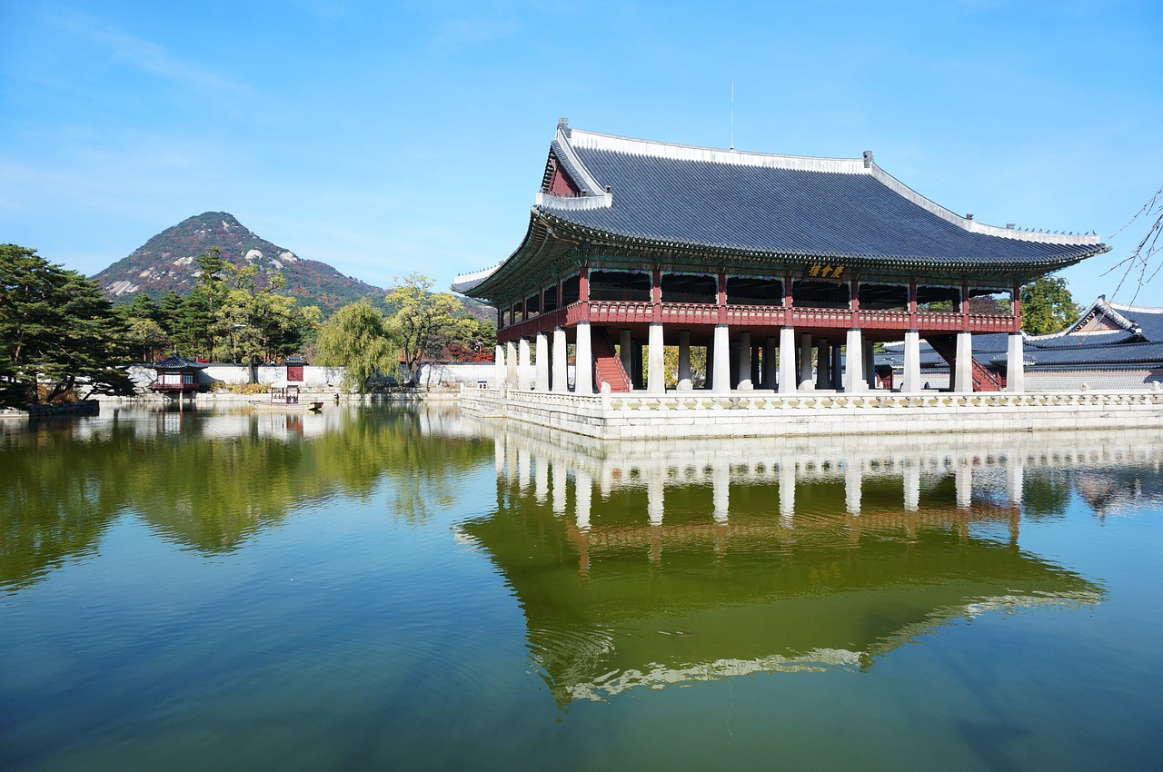 gyeongbok palace palace palaces free photo