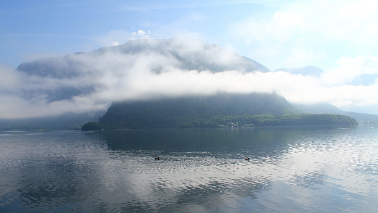 hallstatt in the morning sunshine free photo