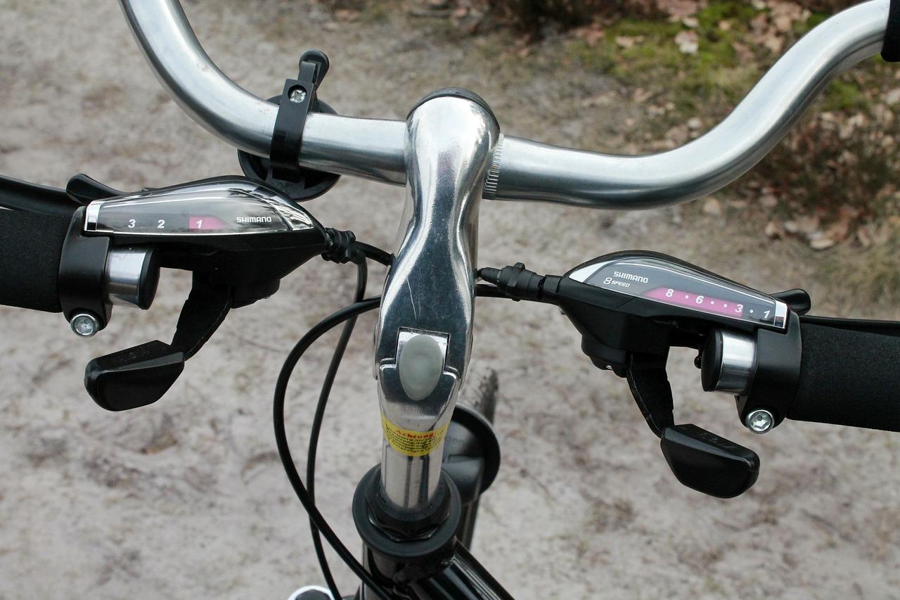 Download Free Photo Of Handlebars Gears Bike Rear Derailleur Shimano From Needpix Com