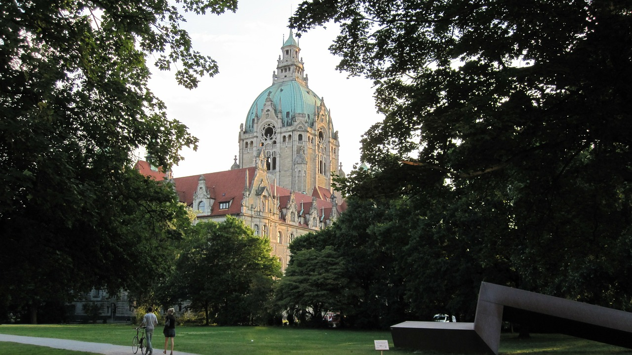 hanover new town hall lower saxony free photo