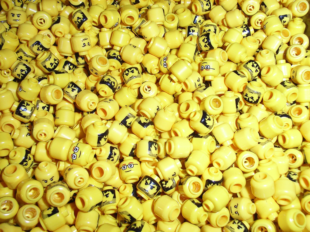 heads lego yellow free photo