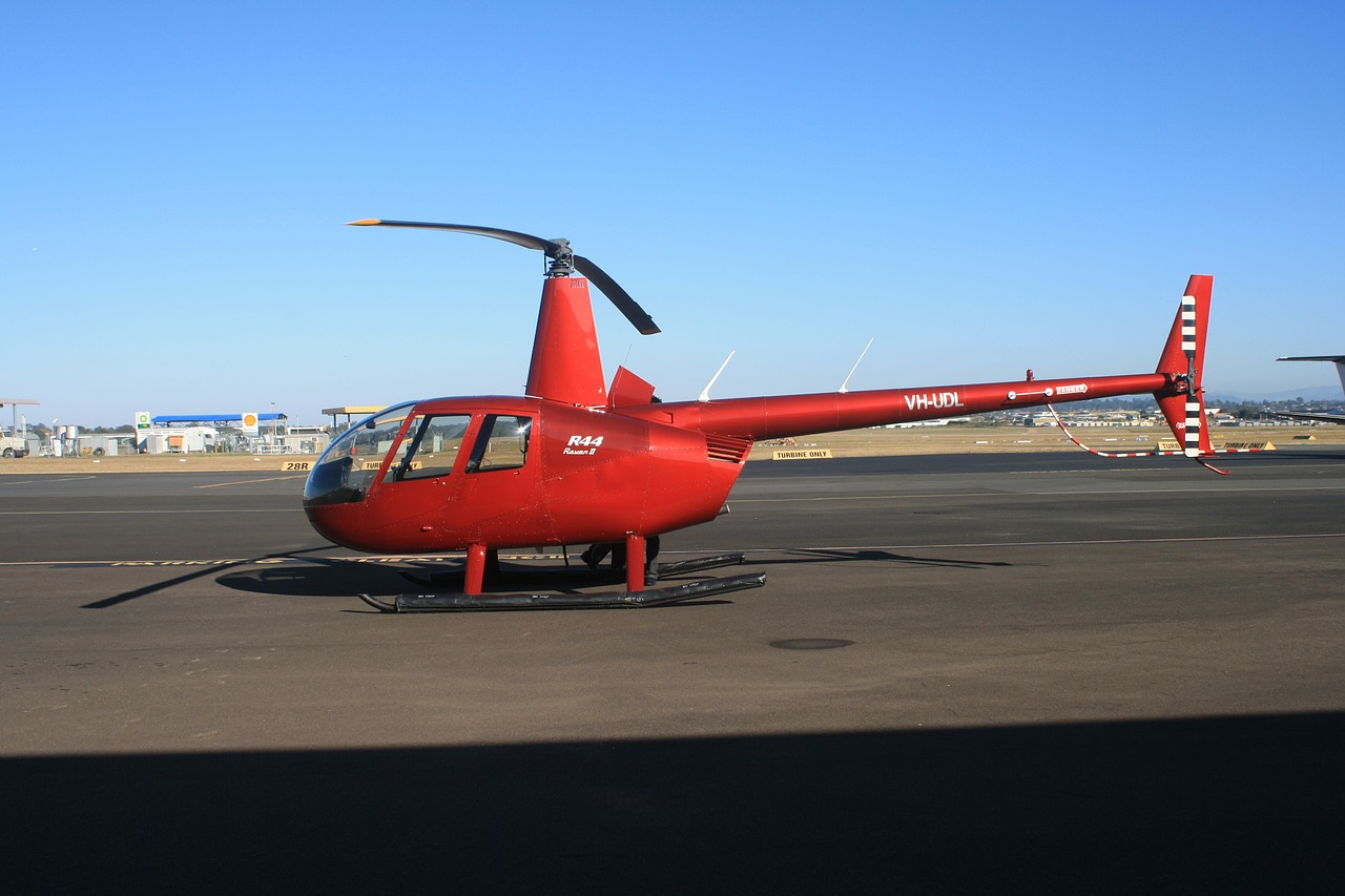 helicopter robinson r44 free photo