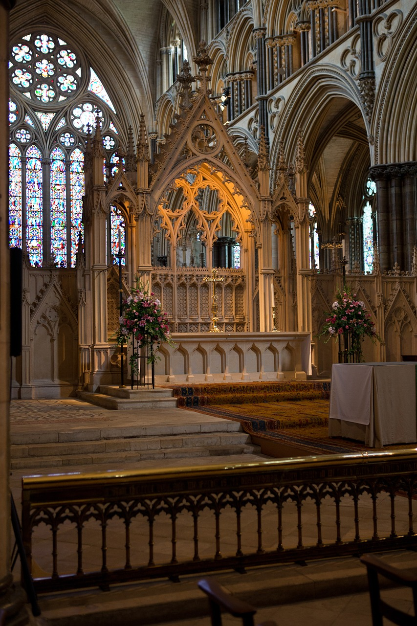 high altar lincoln cathedral carved stone free photo