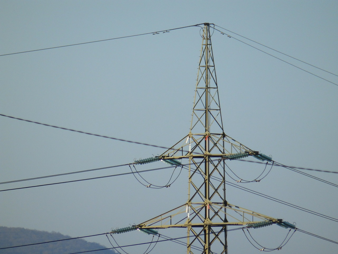 high voltage pylon wire free photo