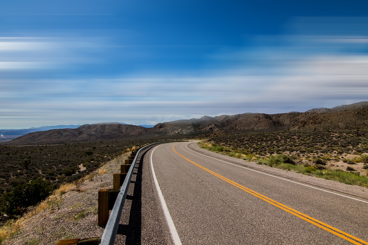 Hit The Road! 5 Amazing Scenic Drives In The USA