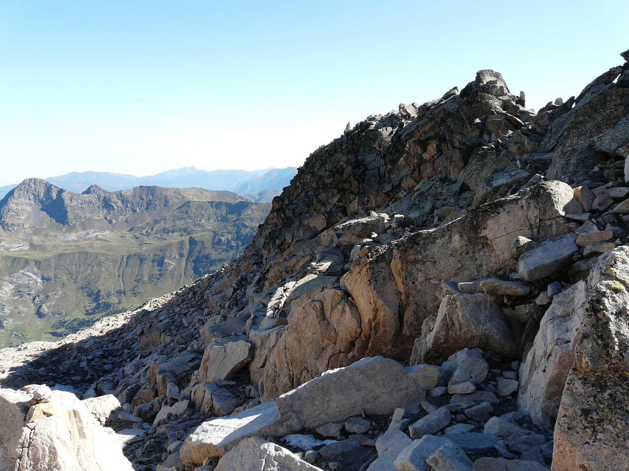 hike rock scree free photo