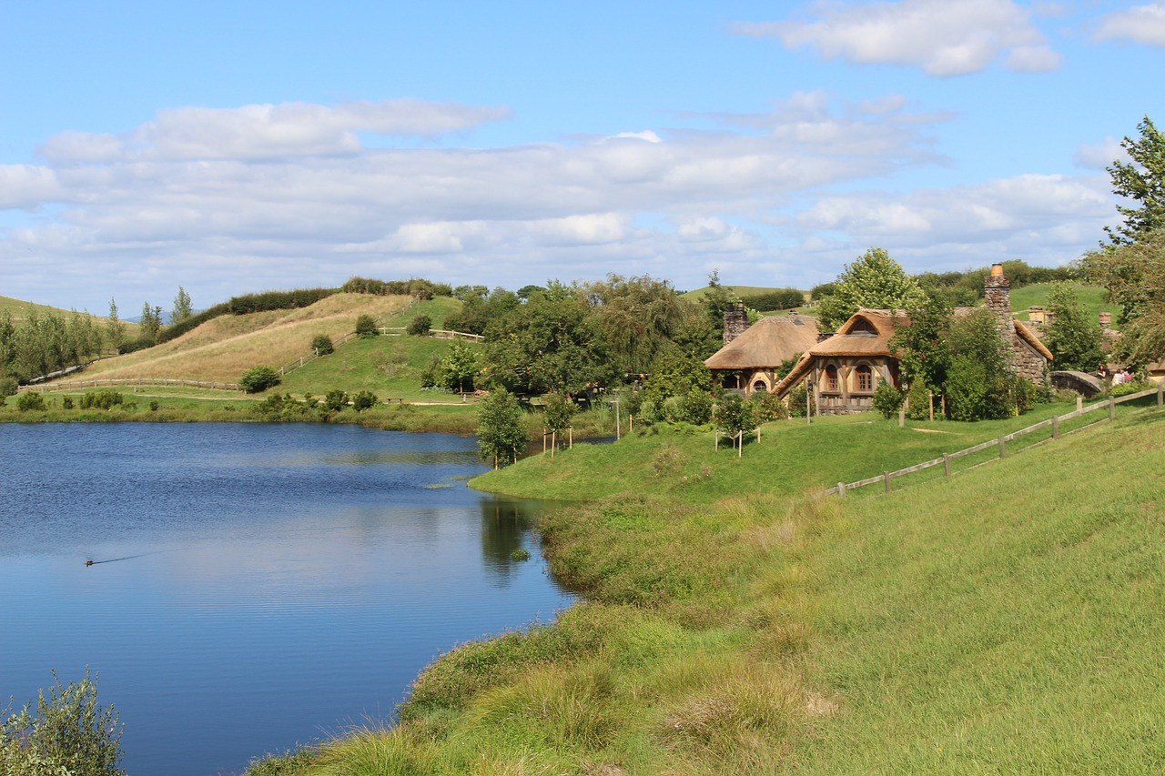 Hobbiton,new zealand,movie set,location,the hobbit - free image ...