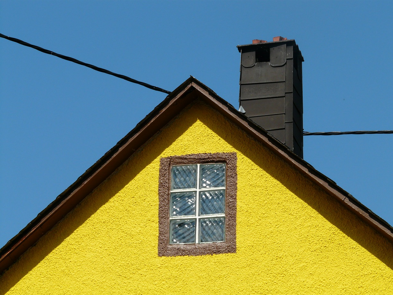home gable roof free photo