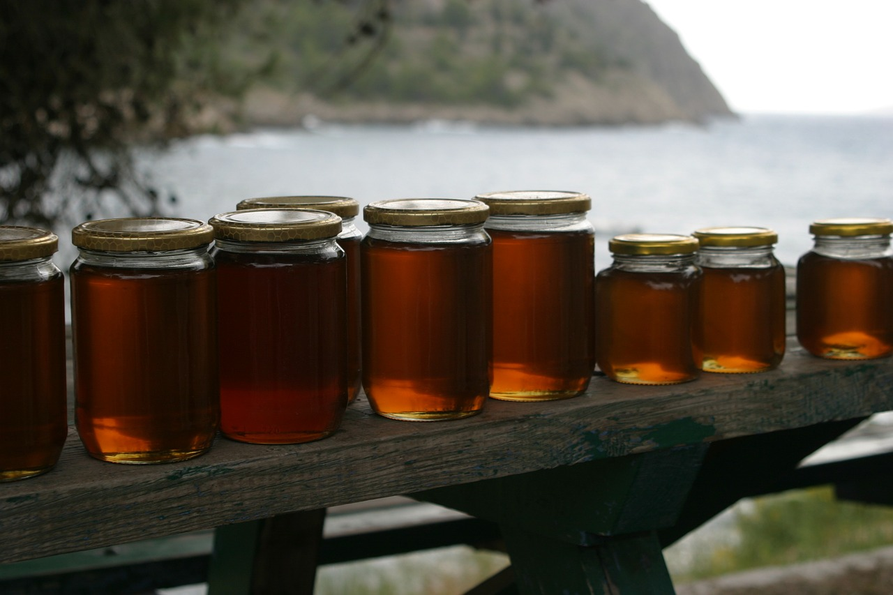 honey jars bench free photo