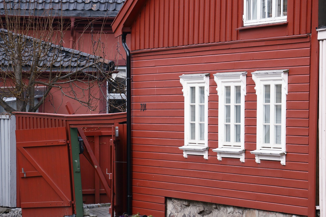 house gable red free photo